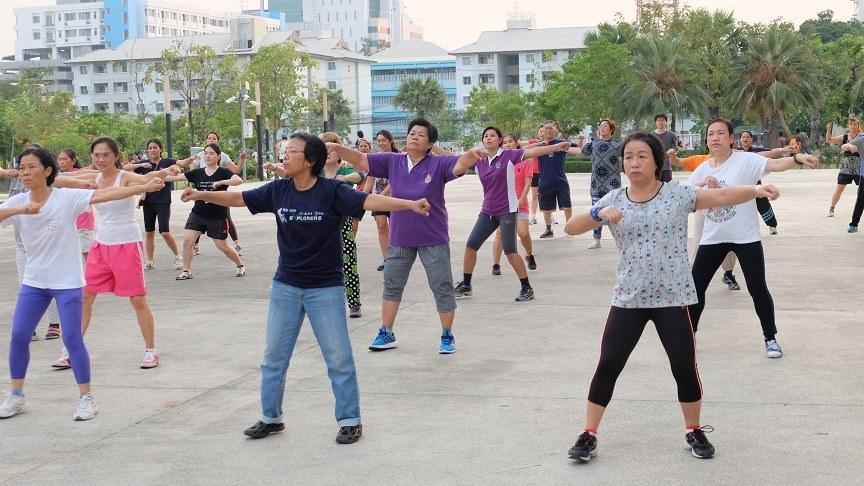 การเต้นแอโรบิคเพื่อร่างกาย