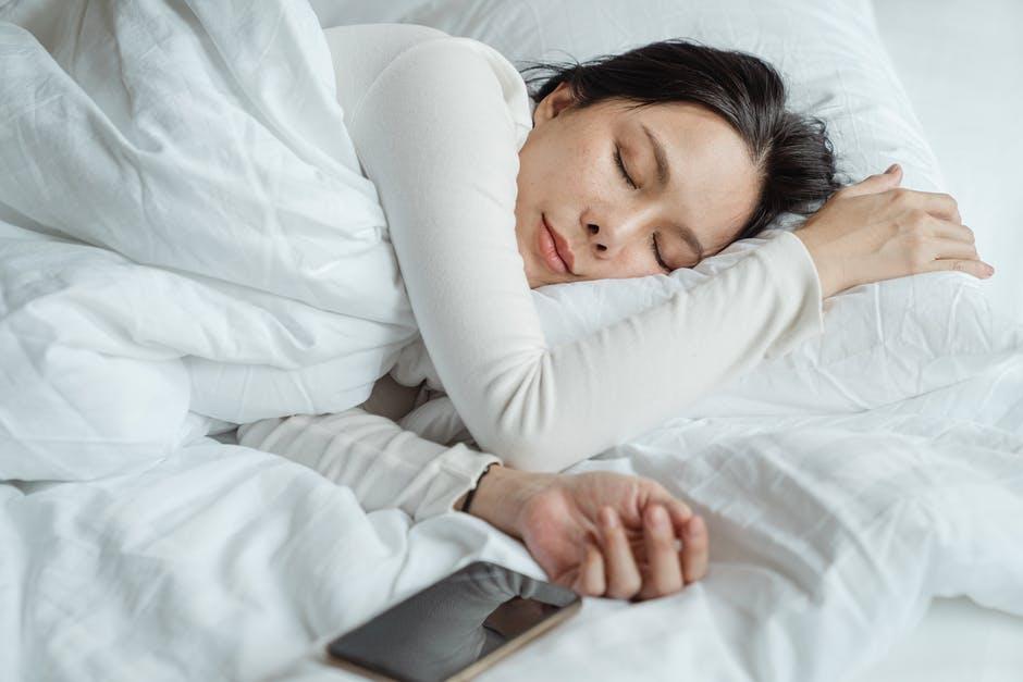 วิธีกินกับนอน-นอนหลับให้เพียงพอ